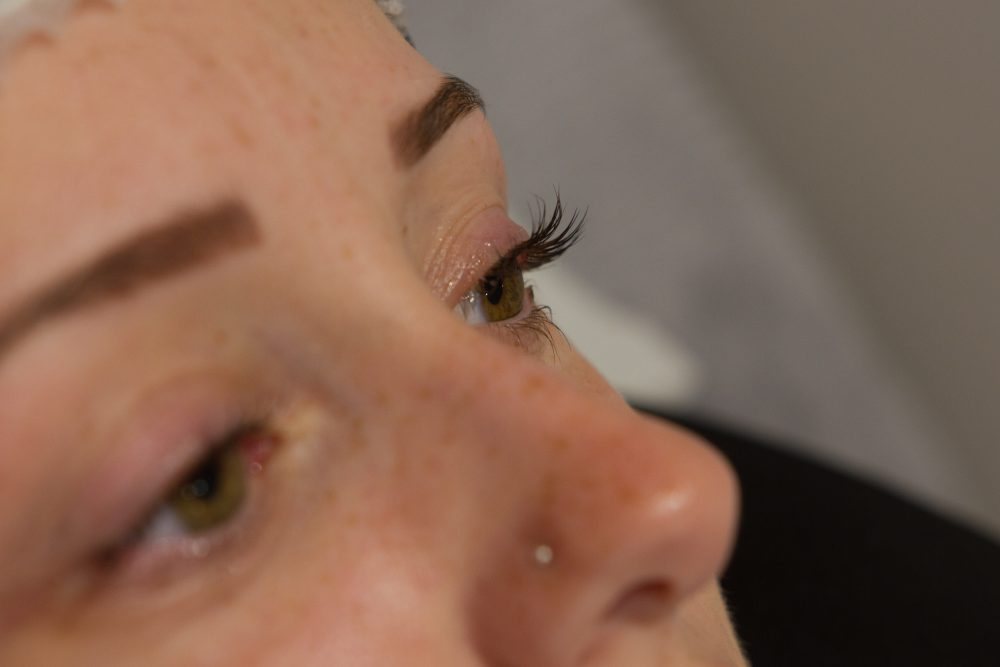 a client just after the LVL nouvaeu lashes treatment
